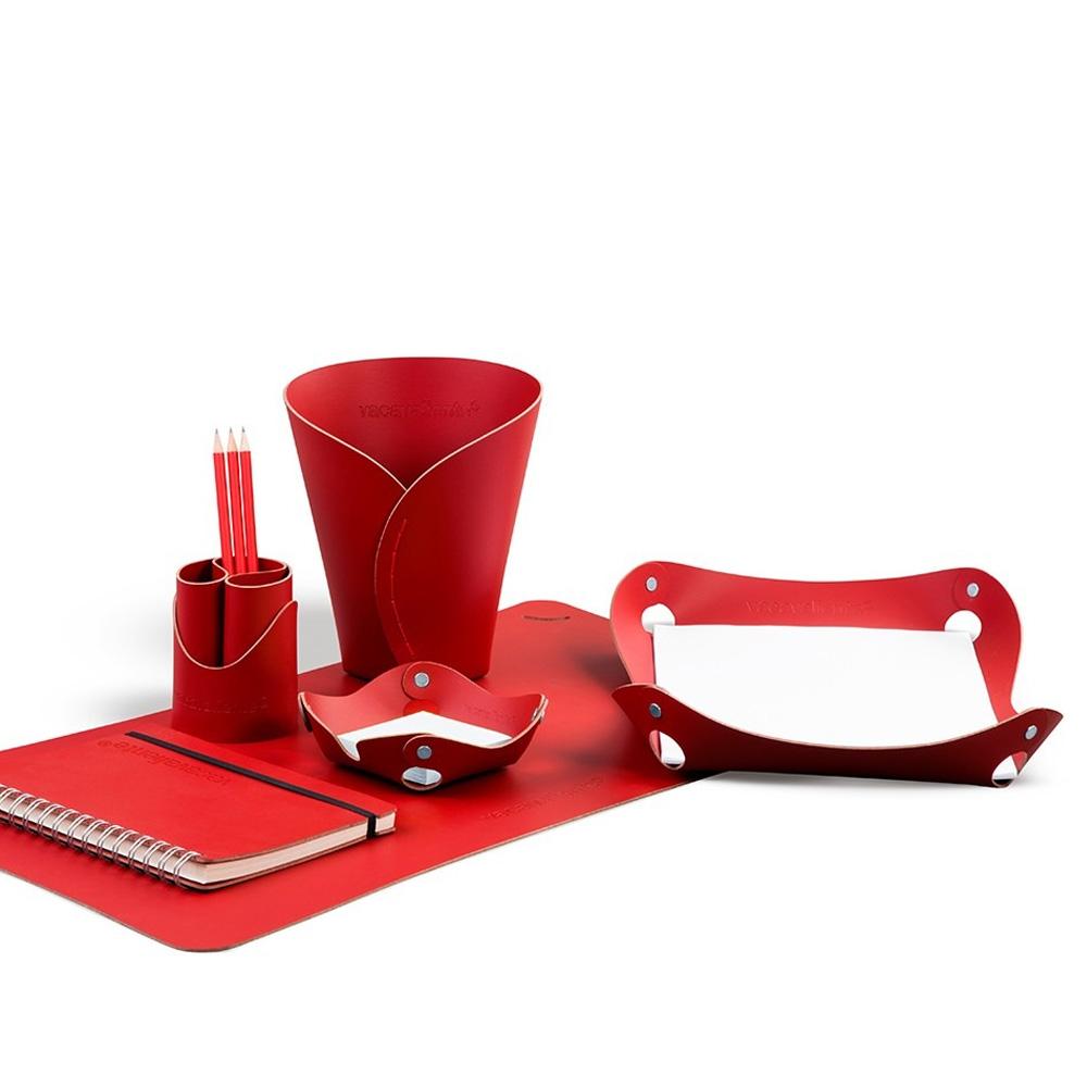 Studio Red Набор для рабочего стола фото