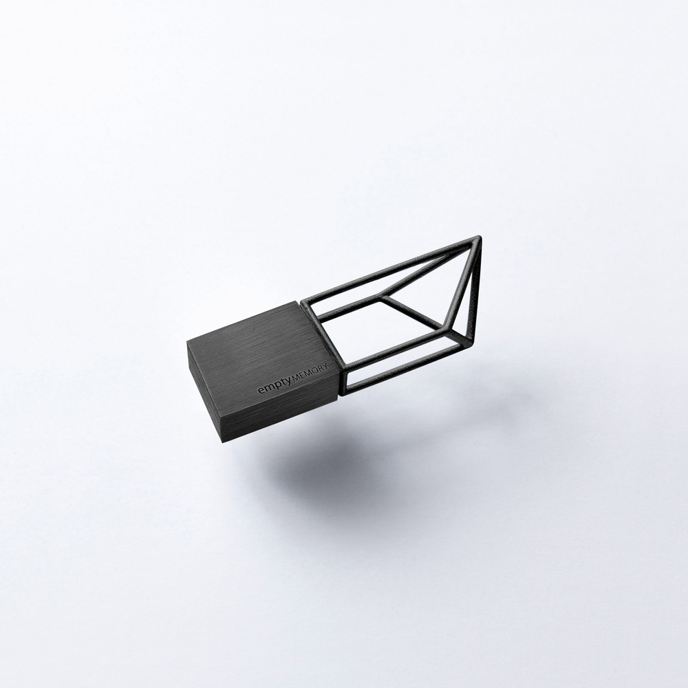 Empty Memory Gun USB-накопитель фото